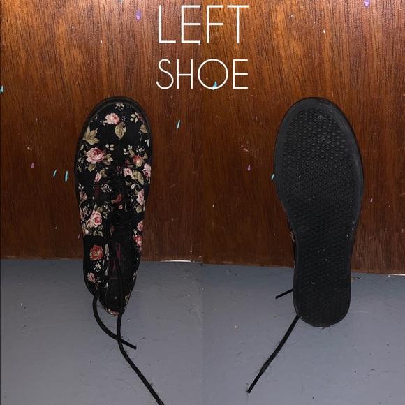 Vans Shoes - Floral Vans, Woman's Size 6.5